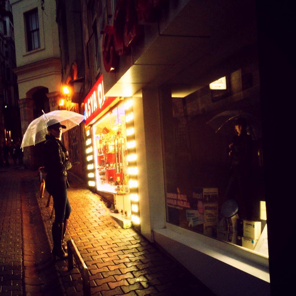 Brianne Davis - Streets - Istanbul, Turkey 2014
